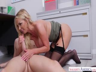 2-性爱办公室 巨乳人事女主管和亲自挑选的大鸡巴下属干了起来