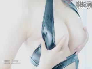 小鸟酱星奈奈黑色束缚衣4K视频