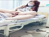 太久没做 到医院看望男友 拉上帘子就开干