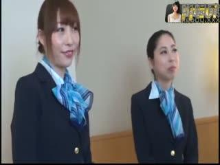 1-国际线美人空姐 由奈 いぶき 使用济下着爱好会 中文字幕