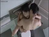 1-韩国三级节选厕所性爱