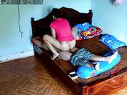 农村家庭摄像头破解偸拍夫妻午睡醒来后做爱老公全程没动骚妻仙女坐蜡自己动搞完还要握住鸡巴不放
