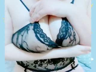 福利姬女神【巨巨】大尺度私拍流出-网袜坦克 高颜值黑丝美女玩弄巨乳爆奶
